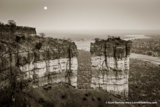 Full moon setting over Chilojo Cliffs - Gonarezhou National Park - Zimbabwe