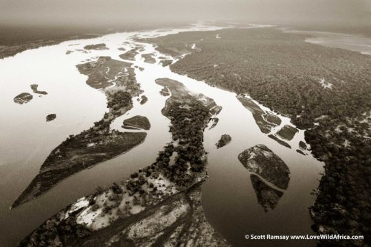 Zambezi River floodplain - Lower Zambezi National Park - Zambia