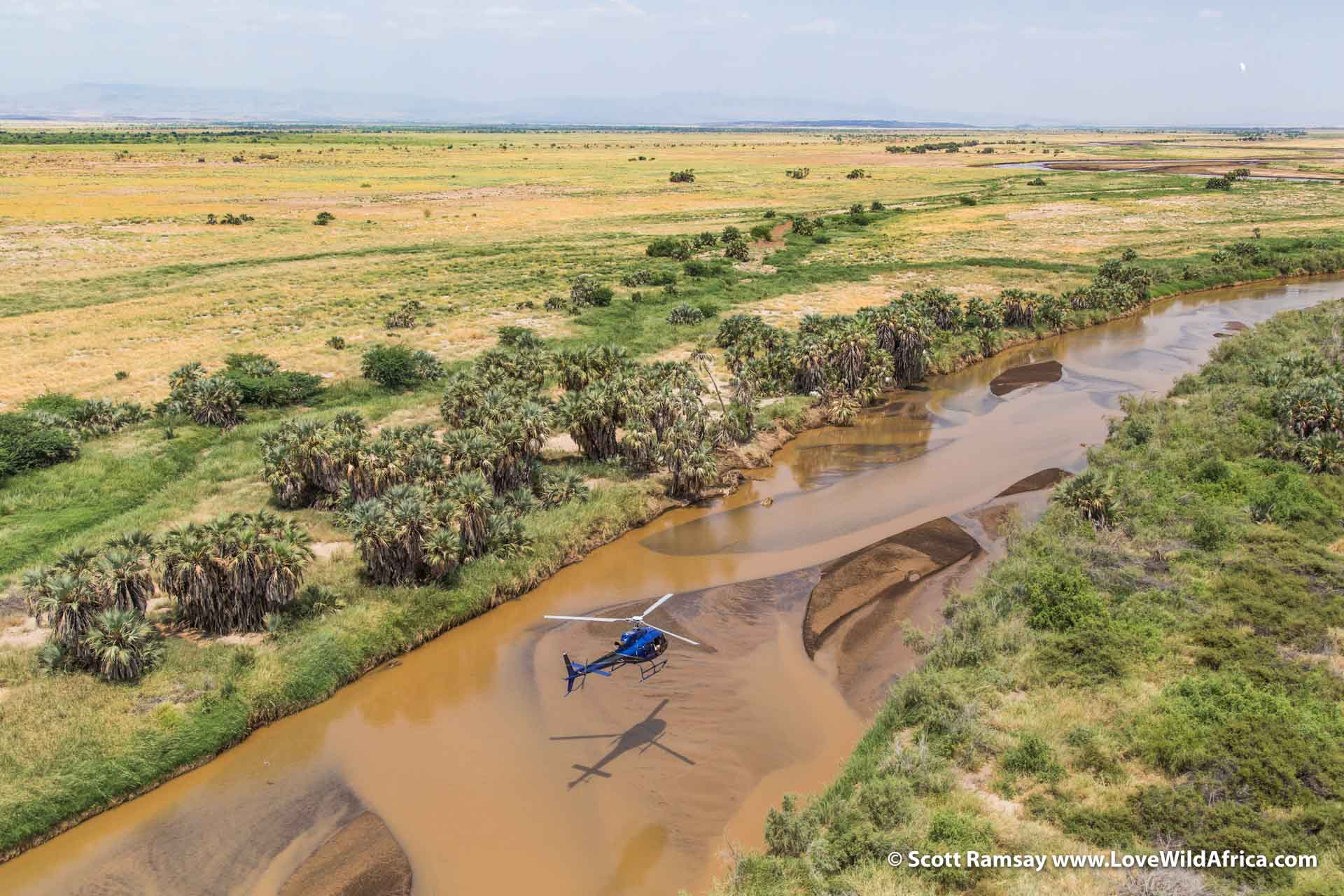 Flying along the course of the Suguta River, heading towards Lake Bogoria and Lake Naivasha.