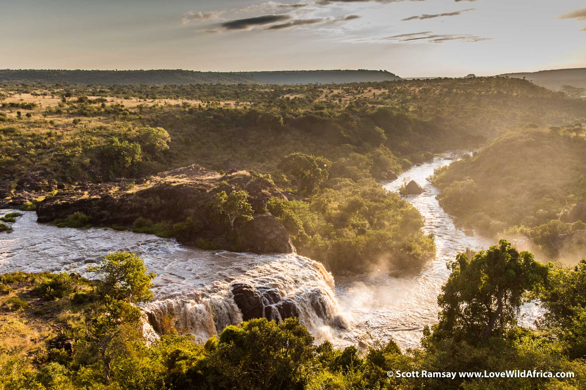 The Ewaso Ngiro river cuts through dramatic landscape in this part of Laikipia